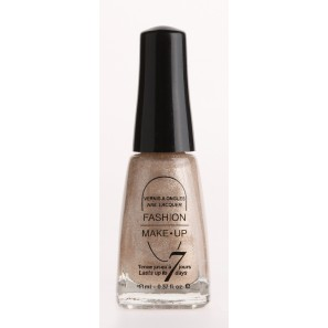 Fashion make up  vernis melissa nacré brillant