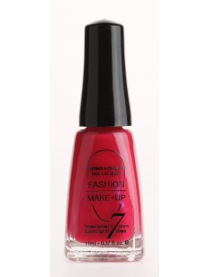Fashion make up  vernis melissa framboise